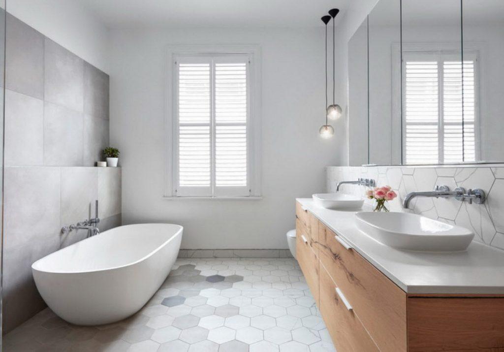 Обустройство ванной комнаты и качественная мебель от фабрики Верес по индивидуальным проектам