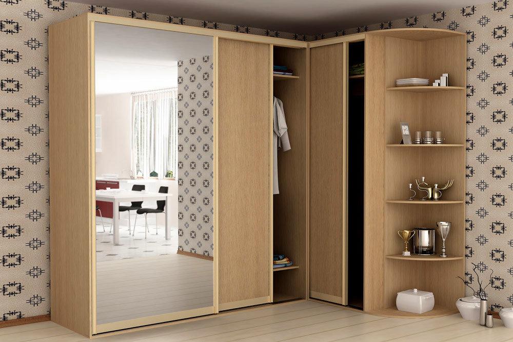 Шкафы-купе экономят пространство