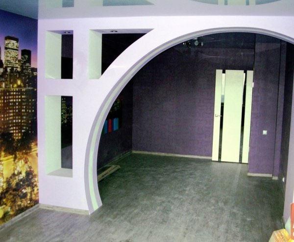 Как добавить простор в помещение с помощью арки?