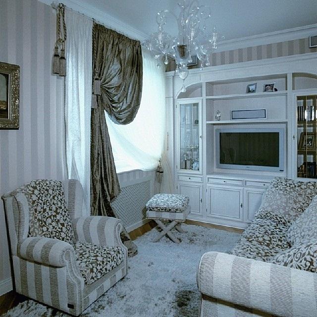 Обустраиваем гостиную в частном доме