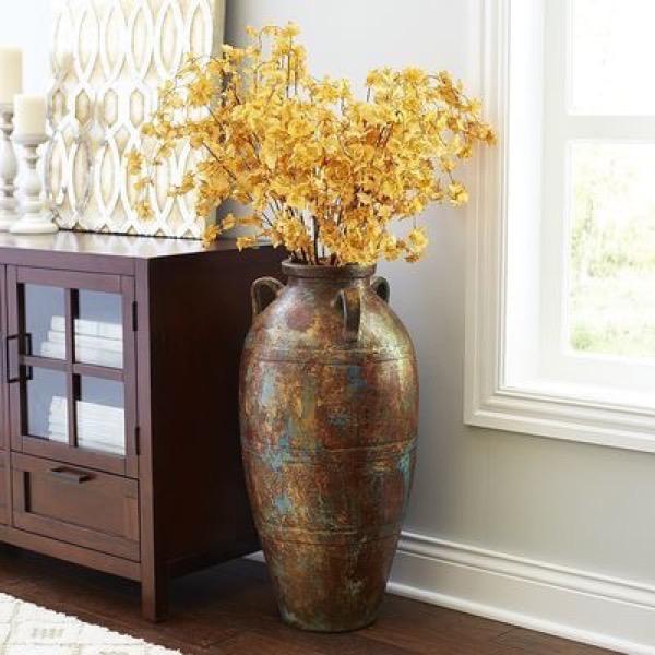 Антикварные напольные вазы - достойное украшение гостиной