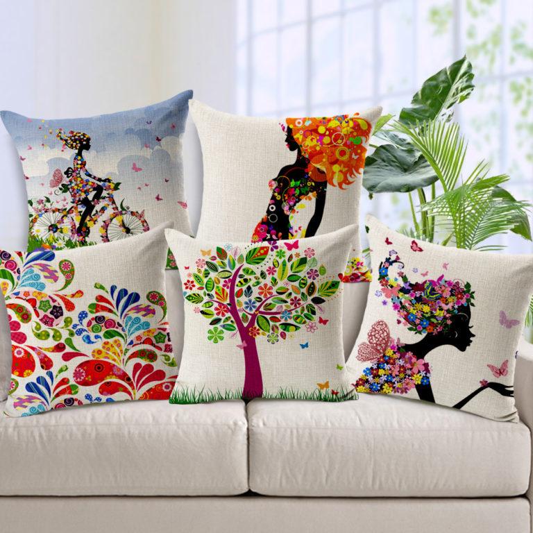 Подушка - основная деталь декора гостиной