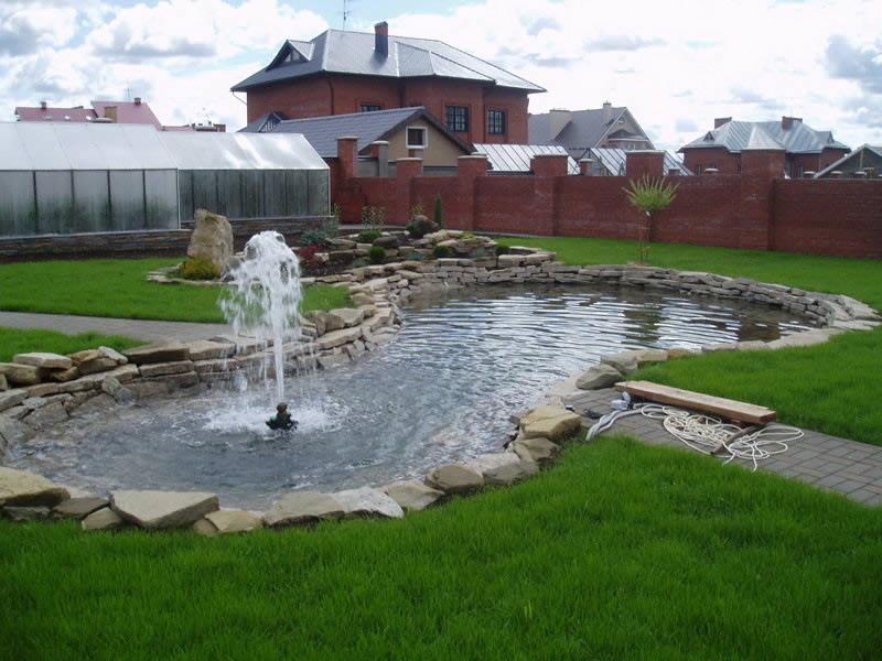 Декоративные фонтаны на участке