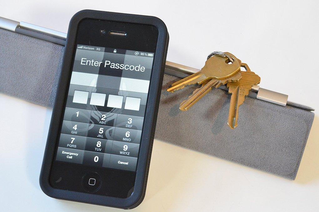 Ваш смартфон заблокировался: звоните новому оператору связи