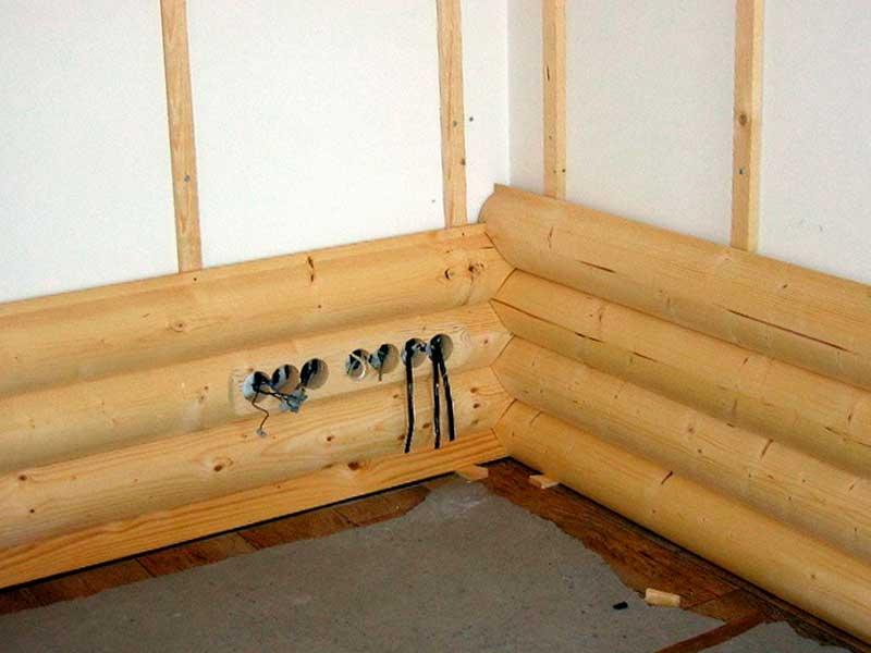 Объемные отделочные материалы из натуральной древесины: имитация бруса и блок-хаус